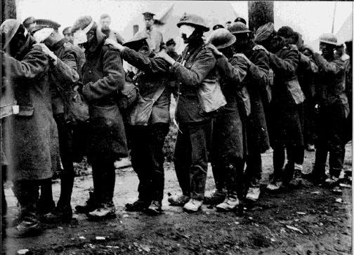 Unprotected British soldiers after German gas attack, April 1915