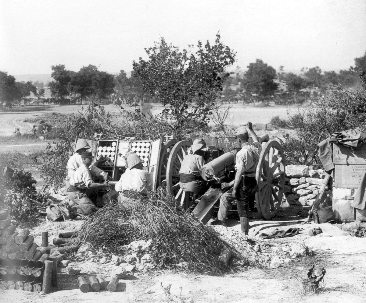 French artillery on Gallipoli, village of Krithia, spring 1915.