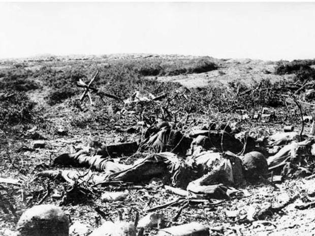 The dead on the battle field of the East Front, circa 1915.