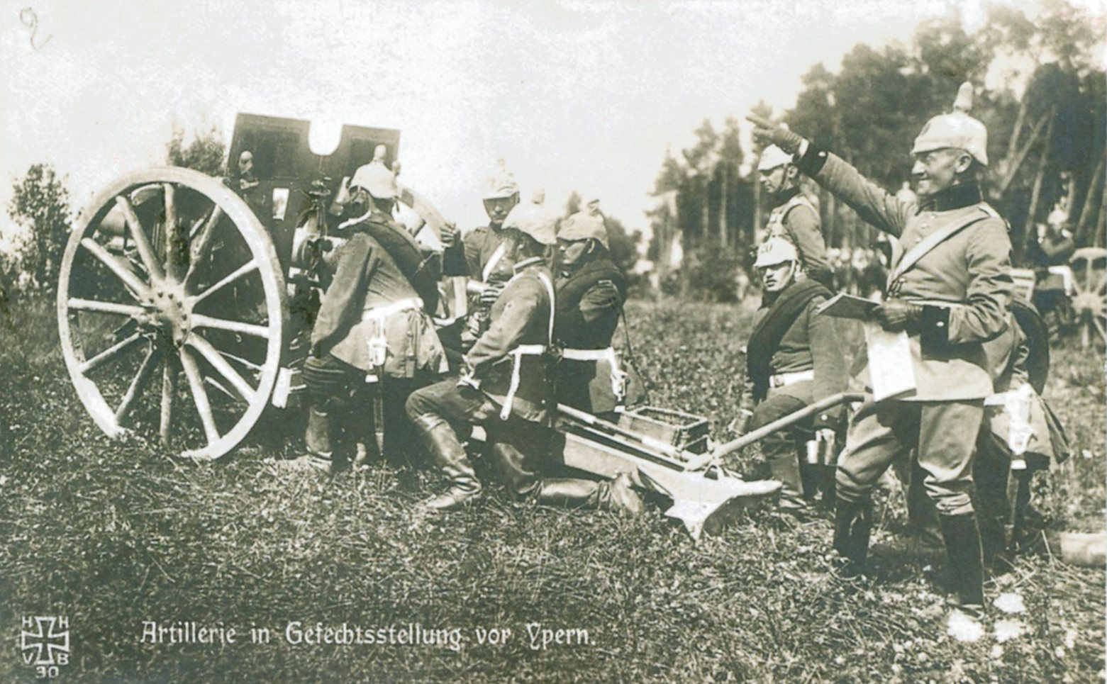 German  artillery bombardment on Eastern Front, August 1915.