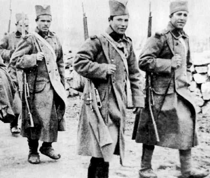 Serbian soldiers in retreat, 1915.