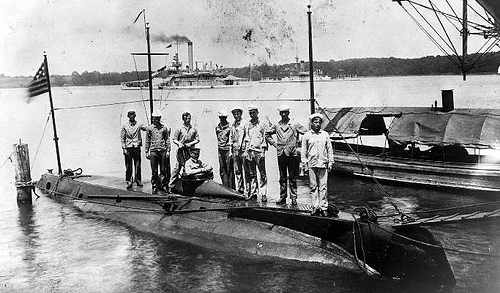Early German submarine and crew.