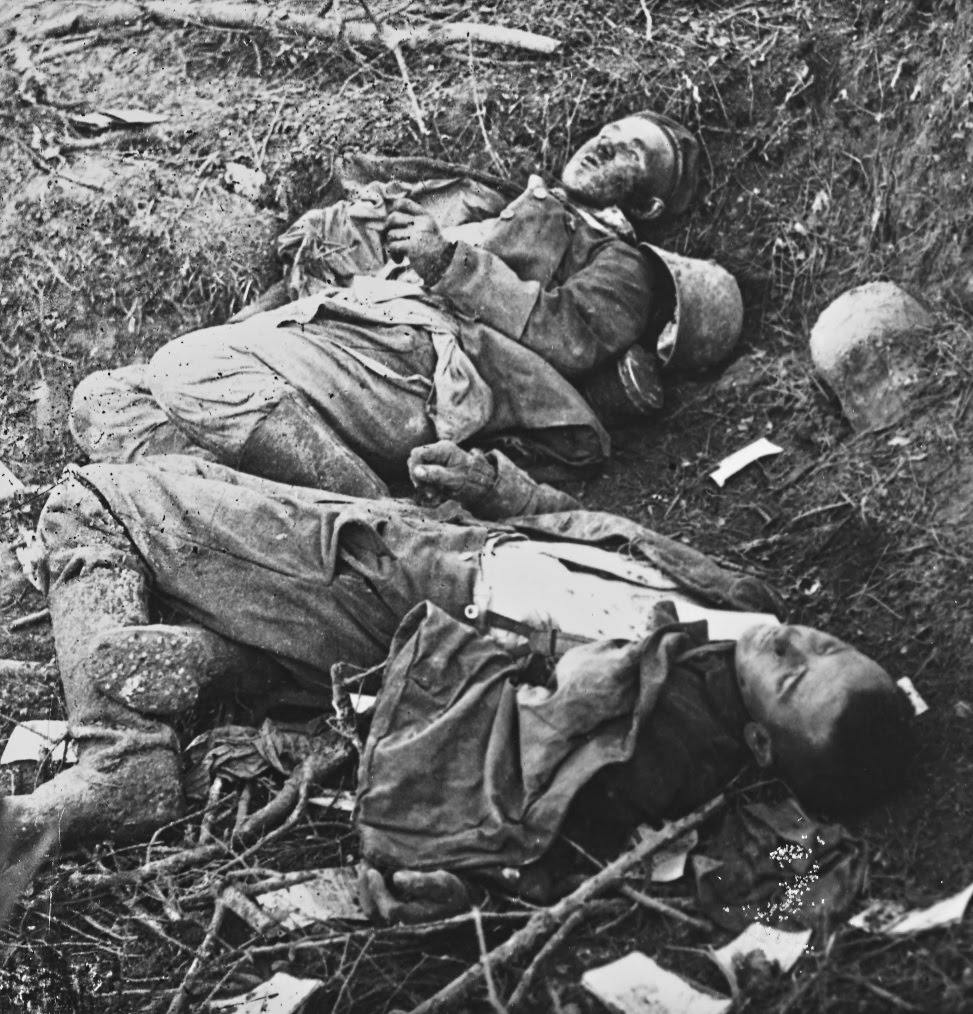 German dead at Verdun, 1916.