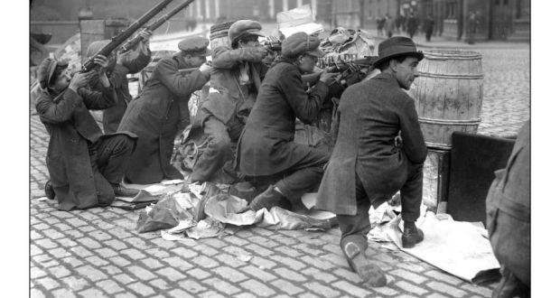 Irish rebels in Dublin, April 1916.