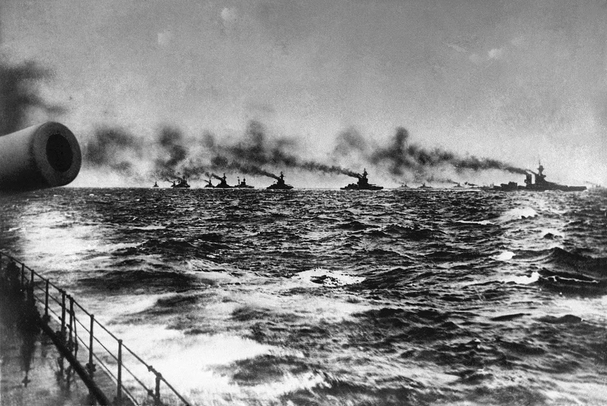 British Grand Fleet on its ways to meet the German High Seas Fleet at Jutland.