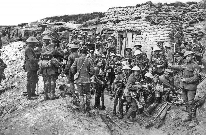 British troops in preparation for 'the Big Push' at the Somme, spring 1916.