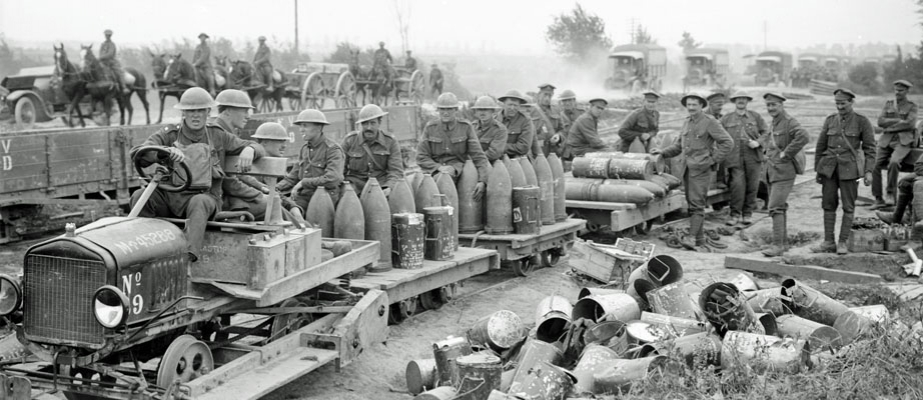Artillery shells arrive at British positions near the Somme by rail, spring 1916.
